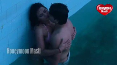 Desi sex mms of brand new honemoon couple caught by hotel boy