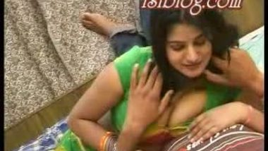 Desi guy getting hornier with his bhabi