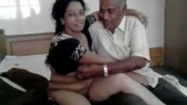 Hot Married Priya Auntie Affair With Old Man