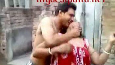 Bengali sathi bhabi with her devar on rooftop mms