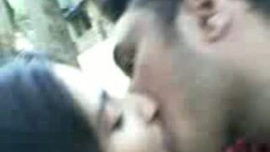 Desi Indian Girl Openly Sex with A Stranger