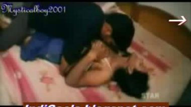 Desi office girl sex in a room by her boss
