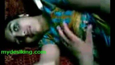 Bangla Girl Home made boob show