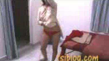 Fsiblog – Desi naughty girl nude dancing on cam