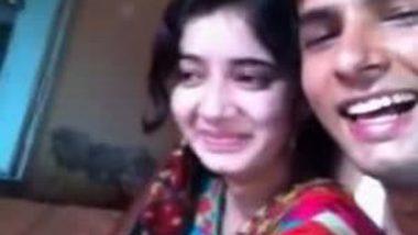 Gorgeous muslim punjabi bhabhi Smooch n Kiss Boob Press