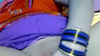 Desi busty aunty masturbation front of cam on demand