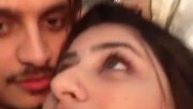 Punjabi sexy kudi's big boobs pressed hard by lover
