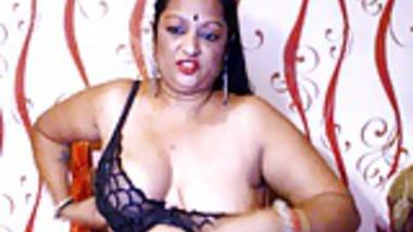 Mature Aunty BBW cam