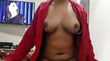 South Indian wife gives morning blowjob