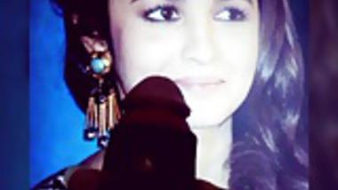 Alia bhatt sweet bolly girl....