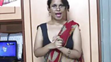 Indian Babe Lily Sex Teacher