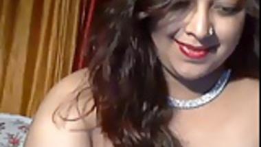 Indian Canadian Hot Cam Girl Pathan Teasing