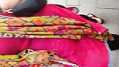 Candid - Thick BBW Paki Milf (Desi Aunty)