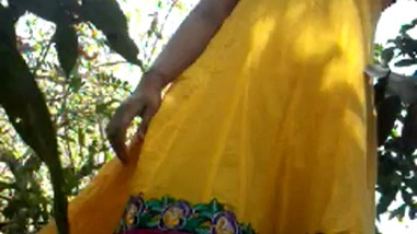 Hot outdoor mature sex video odia bhabhi with lover