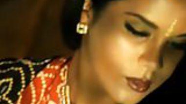 Bollywood Loving Indian MILF Dancer