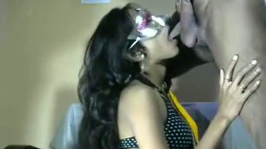Indian sexy bhabhi hot blowjob session on demand