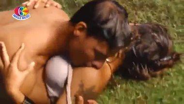 Desi sexy video of a hot rain sex