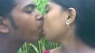 Sexy video of a teen outdoor sex