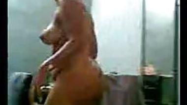 Indian aunty sucks in nude