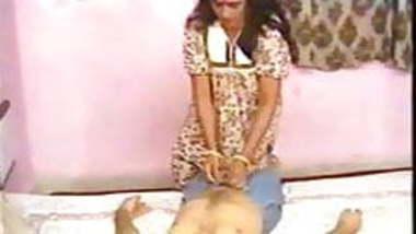 Aunty seduce Indian Classic