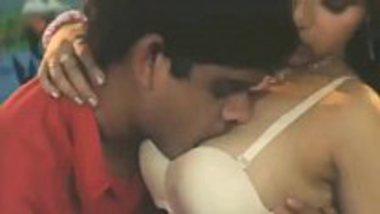 Mallu sex movie showing a hot chick