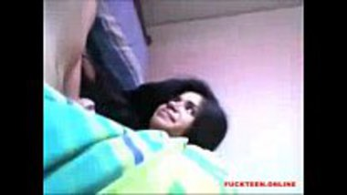 Erotic and hot Bengali college girl MMS