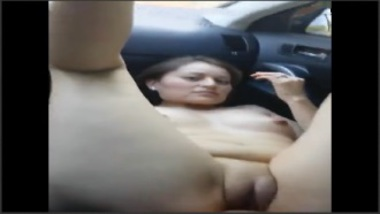 Sex MMS Of Aunty Inside The Car