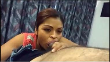 Sexy Tamil TV Anchor's Hot Blowjob