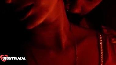 NAVEL - mona romantic shortfilm 2017