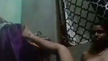 Hot indian housewife finguring part -2