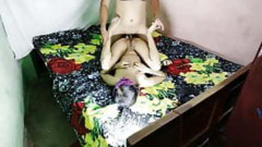 Indian Ladies tailor fucking indian bhabhi and her daughter