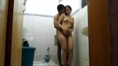 Desi Bhabhi Mona Having Sex Under Shower