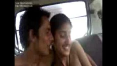 Romance With Nude Desi Girl In Car