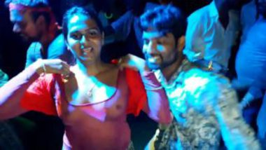 Dirty Recording Dance On Road