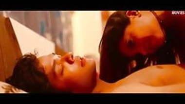 India web serie sexo escena