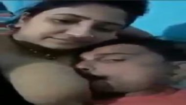 Naughty indian couple sex mms leaked