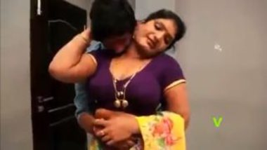 Telugu hot aunty and bahu sex with tenant