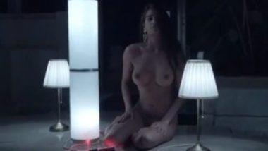 Poonam Pandey Naked Shoot In Quarantine