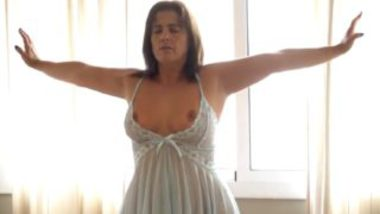 Sexy desi aunty big ass banged by servant