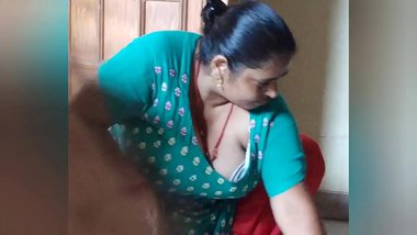 Indian maid doggy style fucked