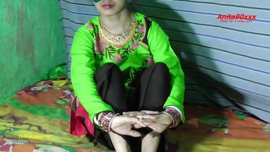Indian bhabi ko muka dekh clenik doctor ne tabator choda