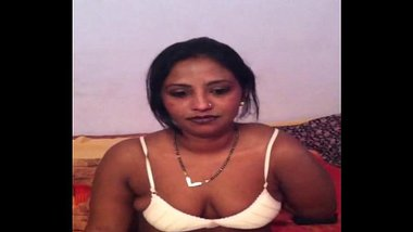 bangladeshi bhabhi wife taking her bra off to show big brown nipple and breast
