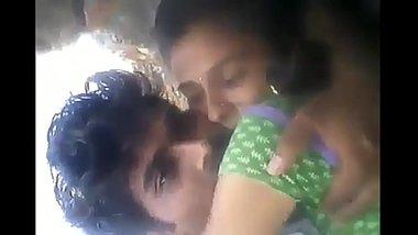 Lover ko Khet Me Choda aur Masti Kiya