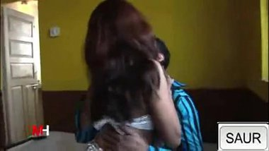 Indian Hot babe riding her lover passionately - Wowmoyback