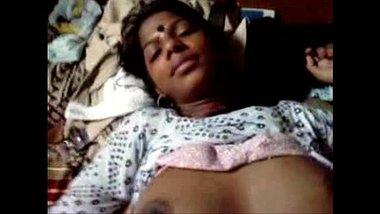 Indian Bangla Girl's Secretly Enjoying Brother Friend's Affair Dick - Wowmoyback
