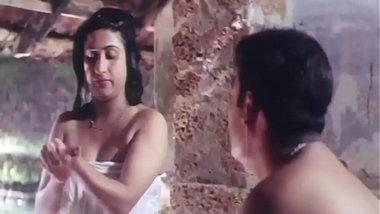 Desi Mallu Aunty Romance