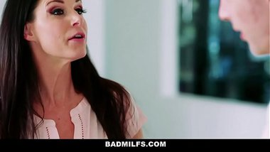 BadMILFS - Learning to Suck Cock & Fuck Before Prom (Arielle Faye) (India Summer)