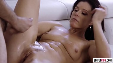 Shot your sperm on my belly - India Summer and Tommy Pistol in iLove Scene 2