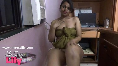 Indian Babe Lily Tamil Sex Talking Dirty