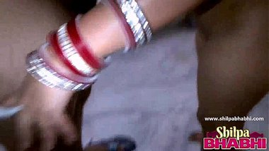 Shilpa Sexy Indian Married Wife Masturbating Fucking Doggy Style